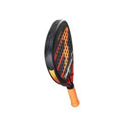 Pour étoffer vos équipements, choisissez notre formule raquette Padel paiement en trois fois